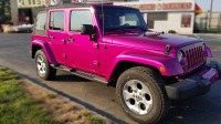 Jeep in Metallic Pink